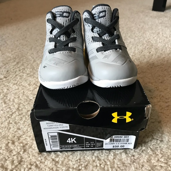 the latest e5750 f1723 Brand new Steph Curry Under Armour infant shoes NWT